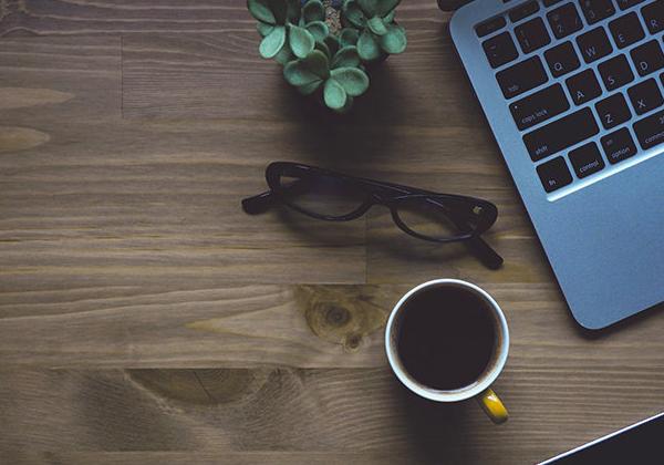 Дайджест интернета: выпуск №5 — Динамичные картинки в Директе, биржа труда в Одноклассниках и планы Facebook на видеоблогеров